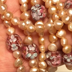 Jewelry - Amazing beautiful Real pearls and painted crystals
